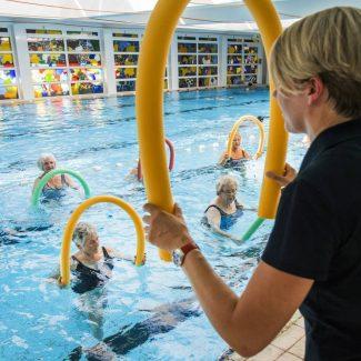 In unserem Schwimmbad finden nicht nur Kurse statt: Sie können es auch gerne in Ihrer Freizeit nutzen.
